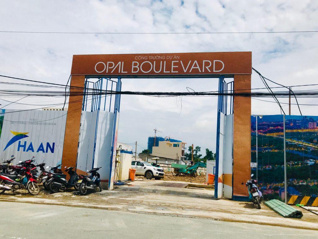 Chu-tich-tinh-Binh-Duong-chi-dao-lam-ro-viec-huy-dong-von-trai-phep-tai-Opal-Boulevard-opal-boulevard-1564202129-width1876height1408.jpg